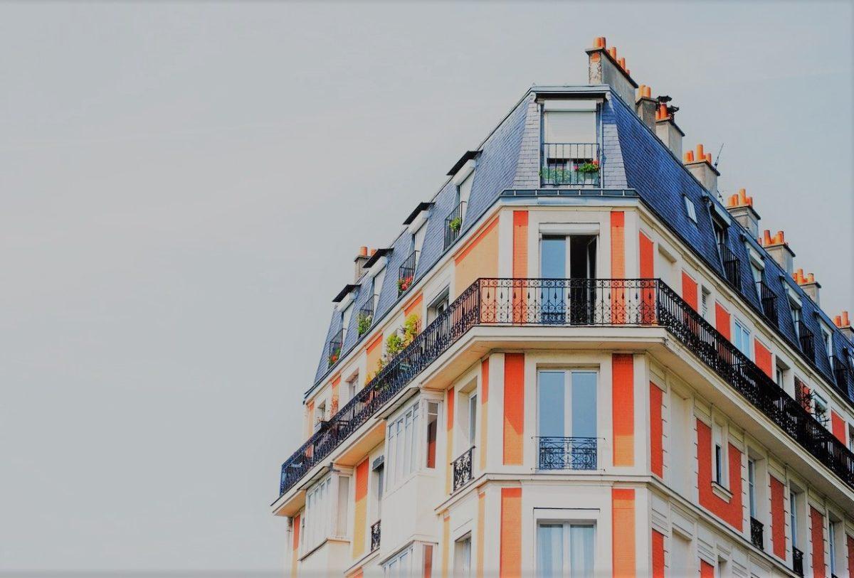 Gratade explique la réglementation de la copropriété en France